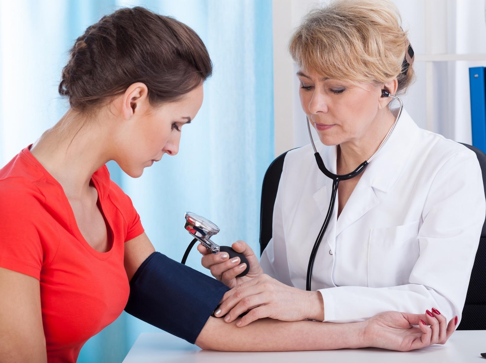 Как быстро повысить артериальное давление?