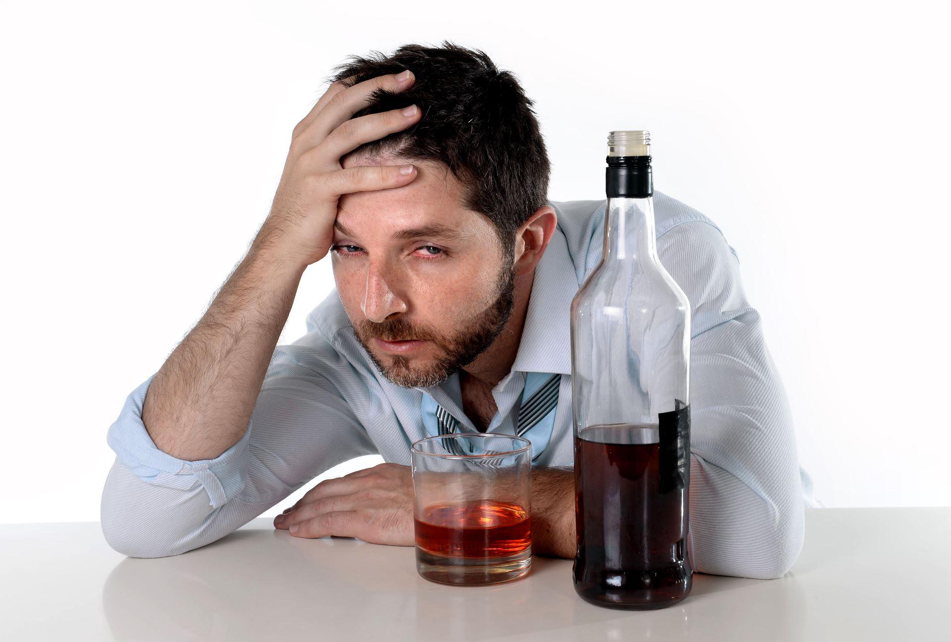аллергия на алкоголь красные