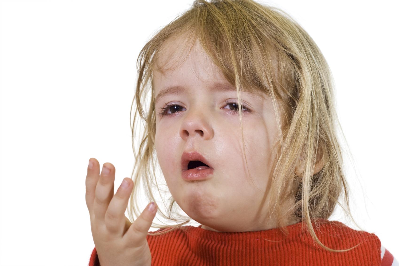 Кашель у ребенка без температуры и насморка: причины, лечение
