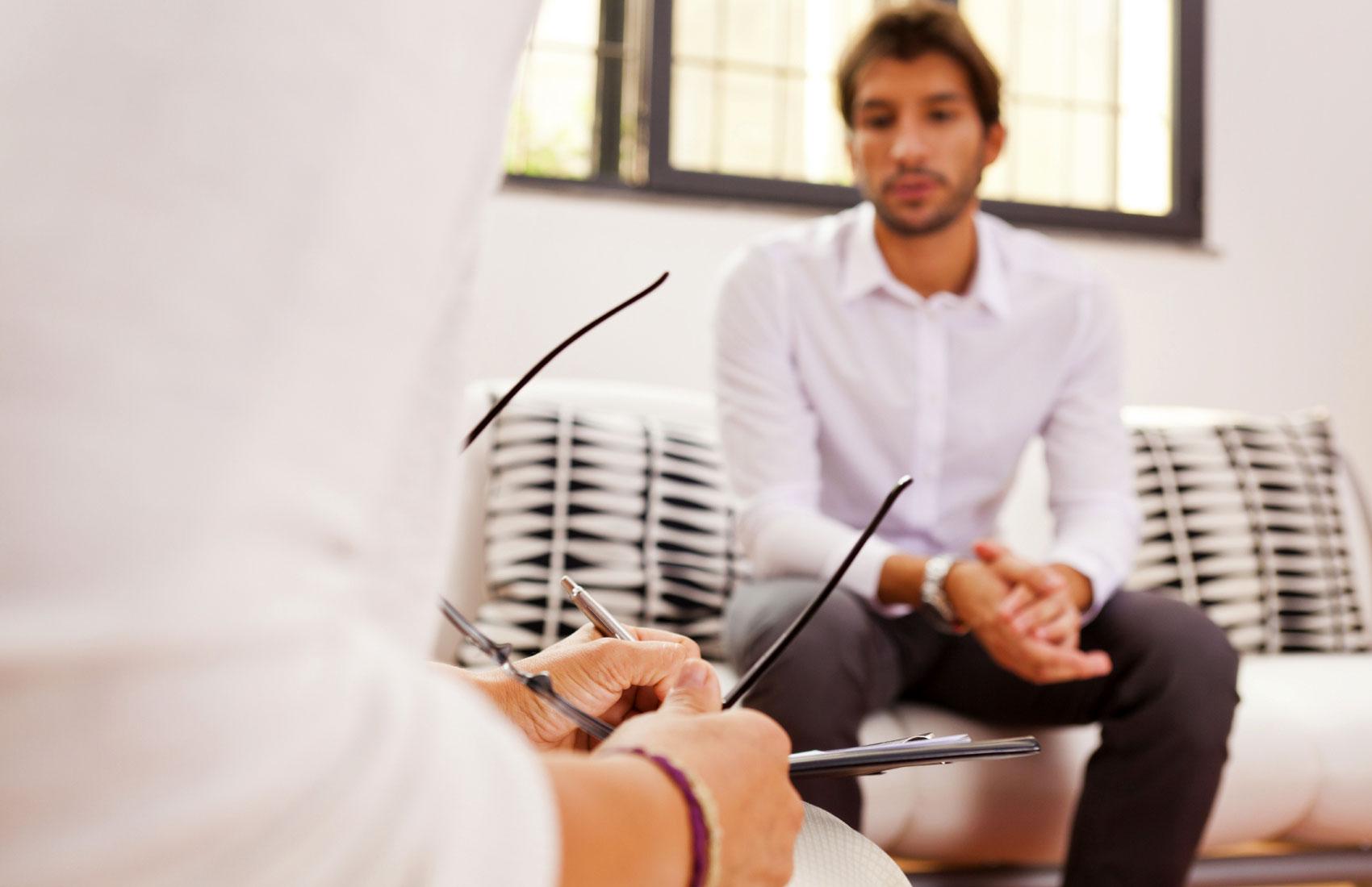 Уреаплазмоз у мужчин: причины, симптомы, лечение