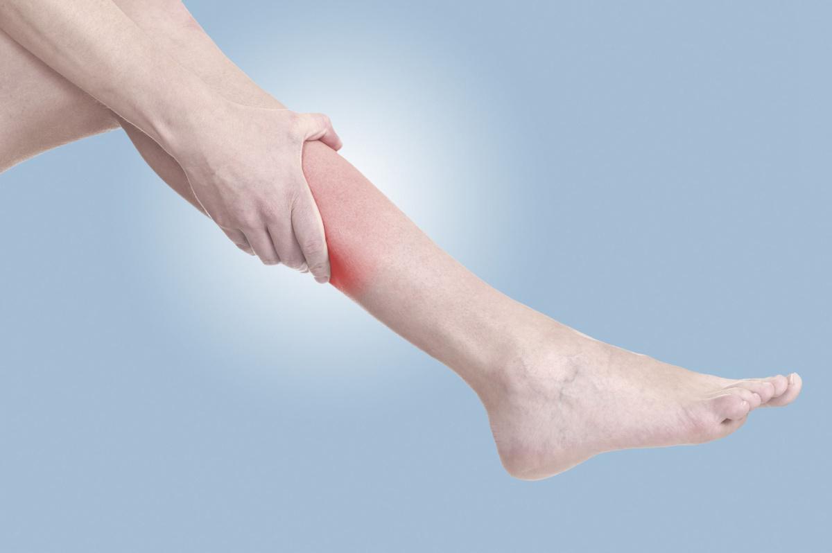 Судороги в ногах по ночам: причины, лечение