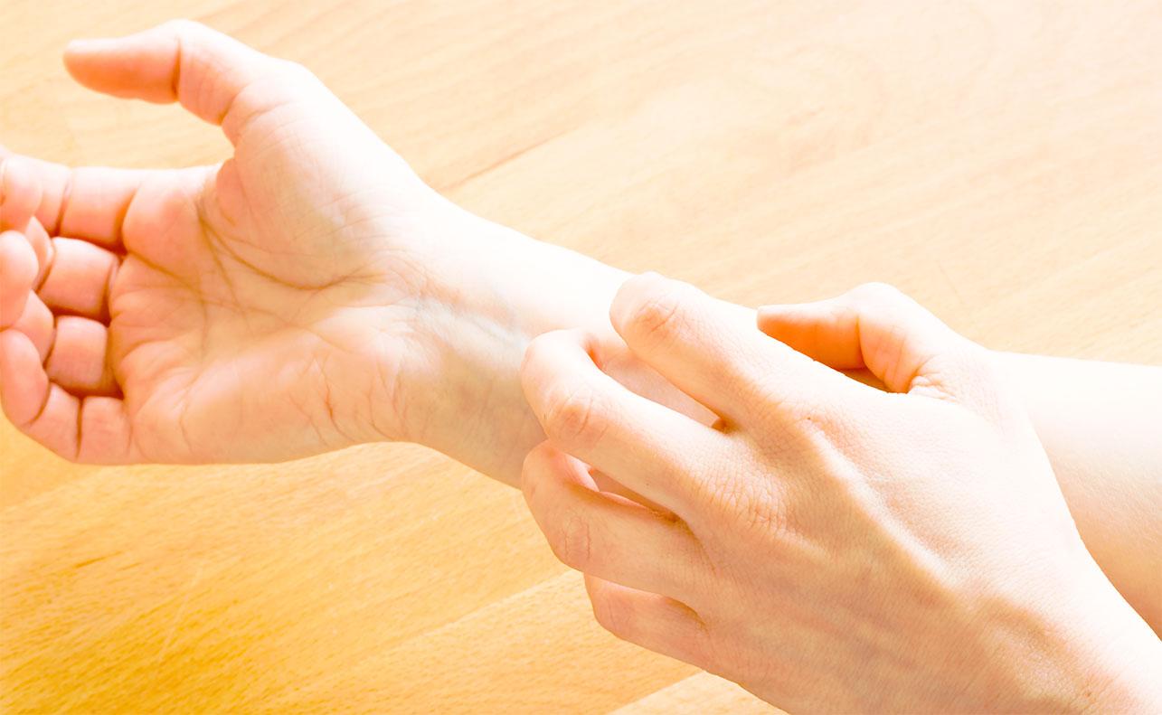 Чесотка: фото, симптомы, признаки, лечение чесотки