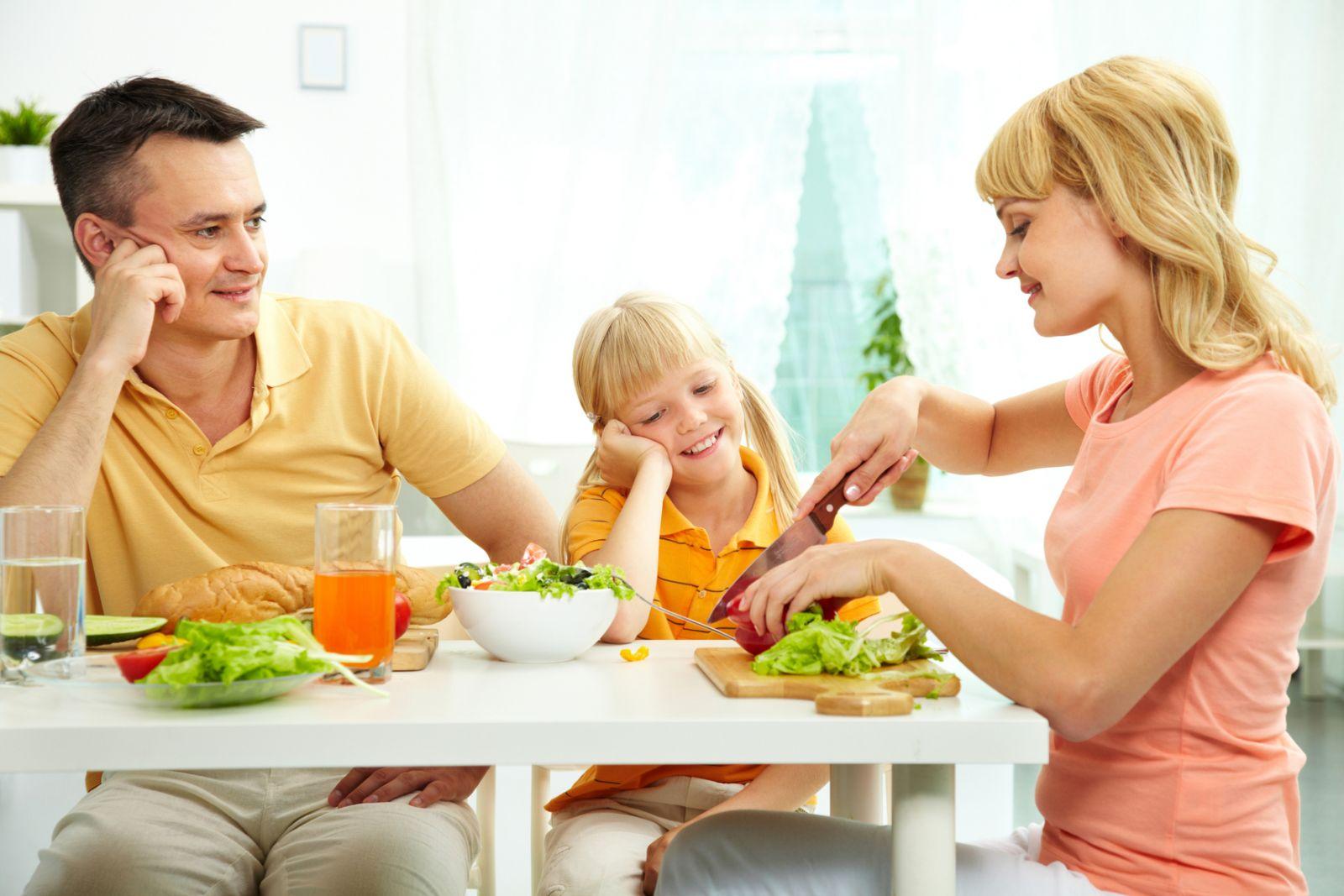 Что можно есть ребёнку, когда у него панкреатит?