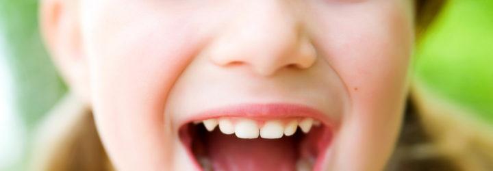 причины запаха изо рта у взрослых утром