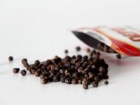 Чёрный перц горошком