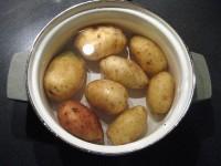 Картофель в кастрбле