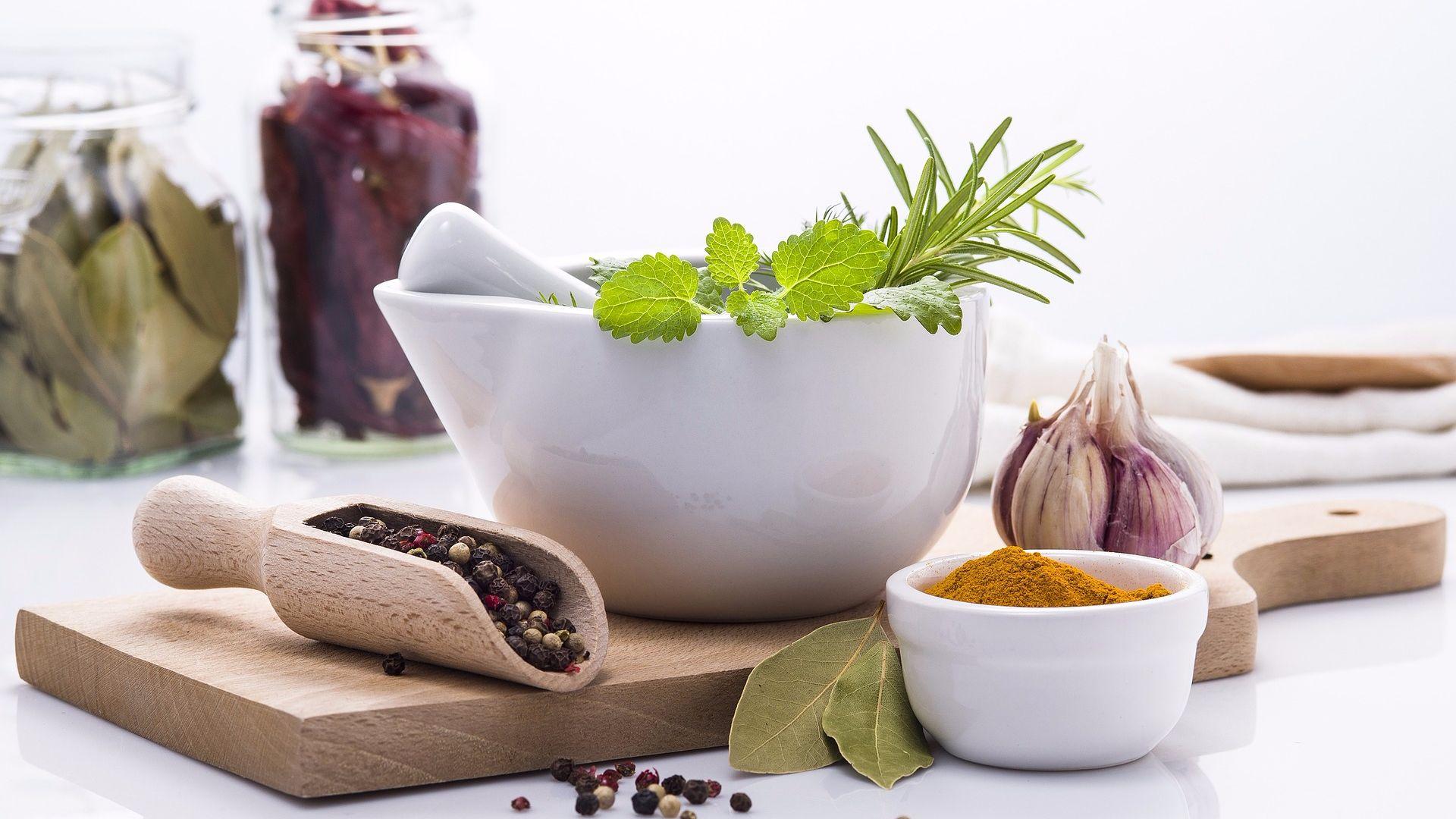 Дисбактериоз кишечника: особенности лечения народными средствами
