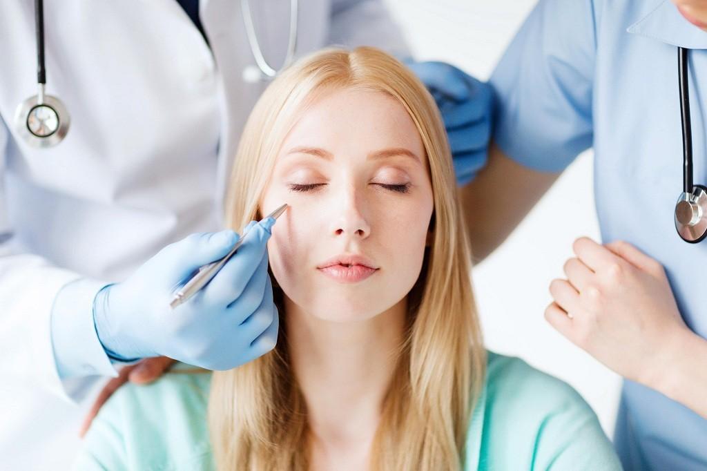Фурункул на лице: причины, лечение фурункула на лице