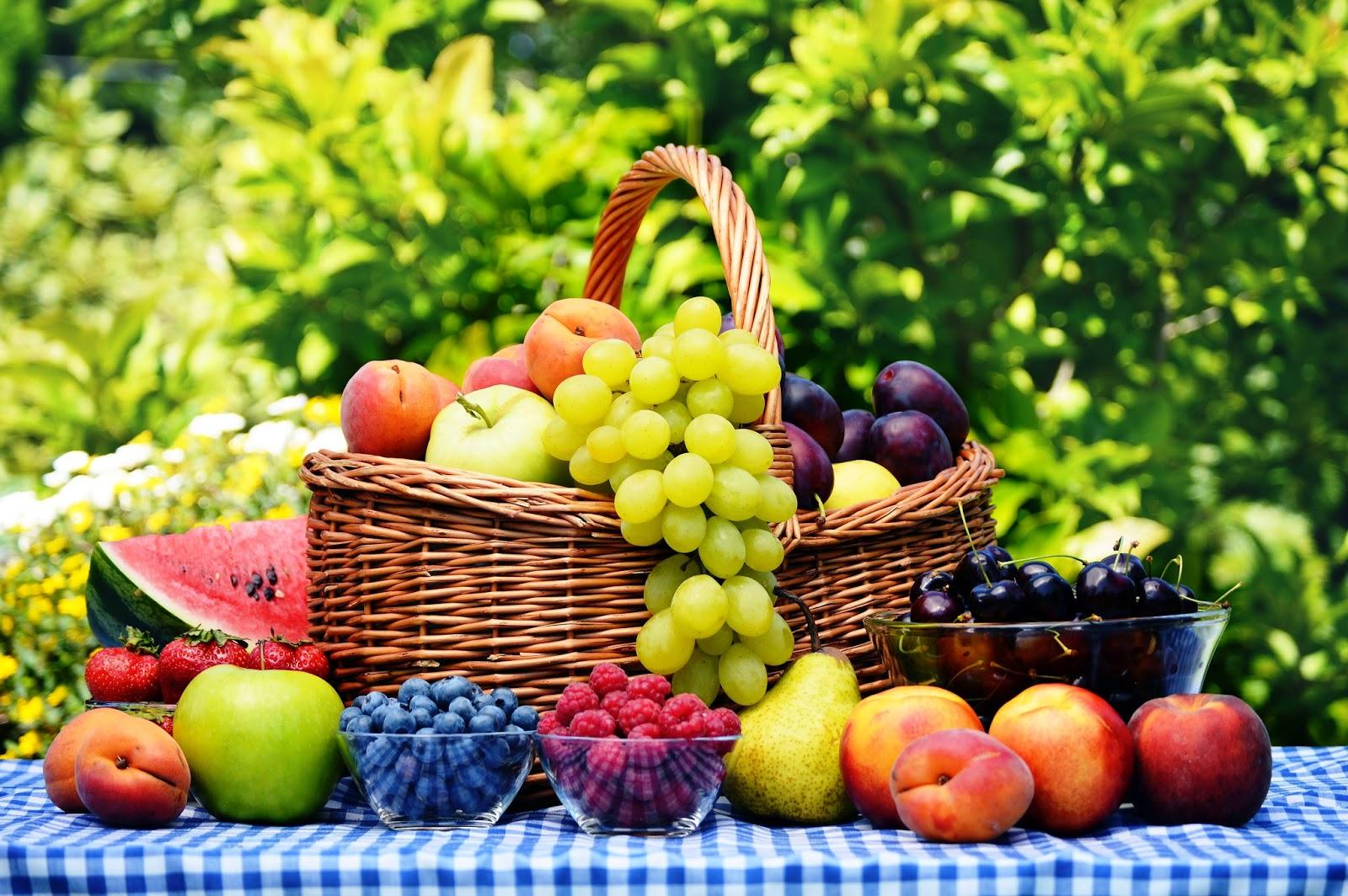 Какие фрукты полезны при гастрите и как их правильно употреблять