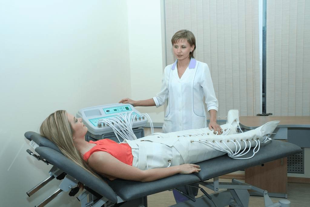 Седалищный нерв защемление лечение боли