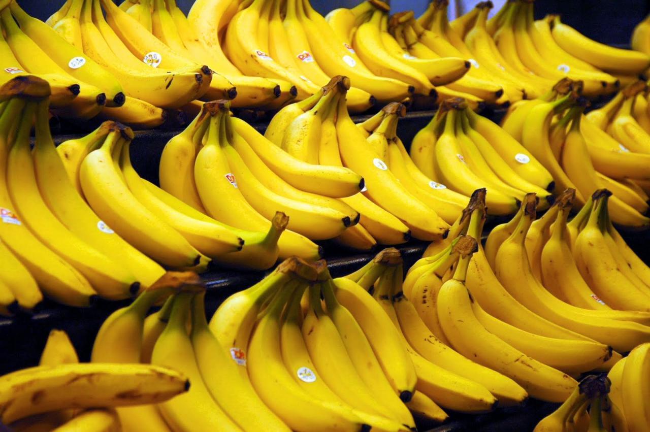 Бананы для будущих и кормящих мам: уникальные свойства и ценный состав