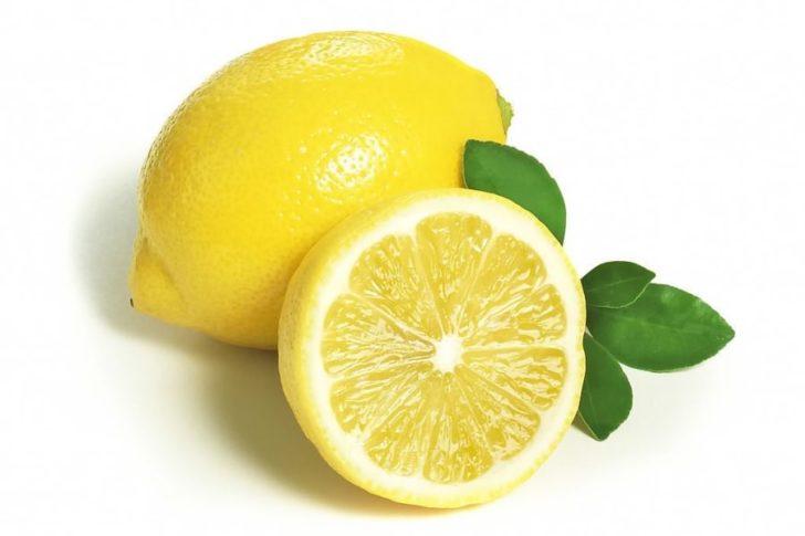 Долька лимона от тошноты