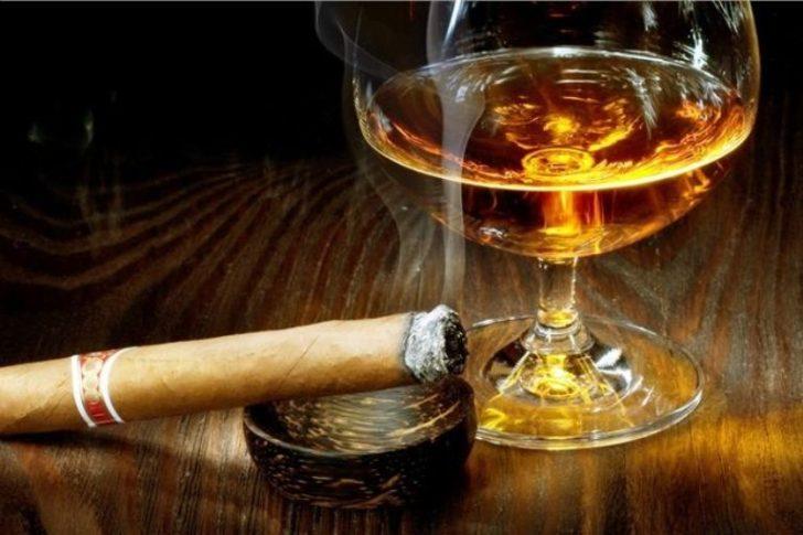 Сигара и алкоголь