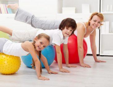 ЛФК при нарушениях осанки у детей: эффективность, показания, комплексы упражнений