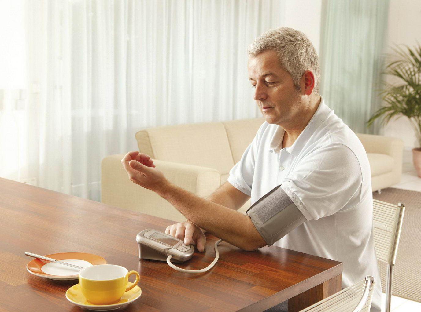 Тонометр для домашнего пользования: как сделать правильный выбор?