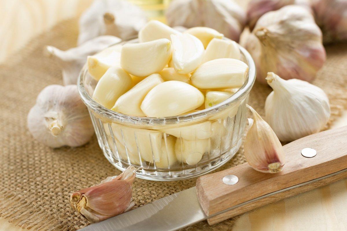 От гриппа и простуды защитит чеснок