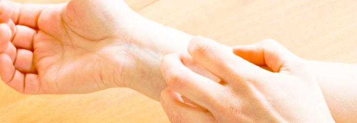 Чесотка на руках