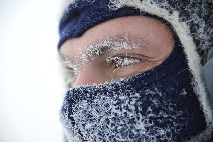 Мужчина на холоде