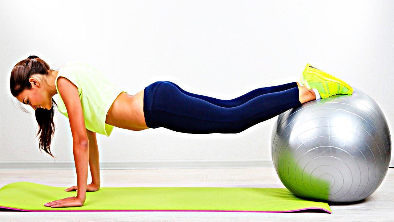 Эффективные упражнения для спины на фитболе