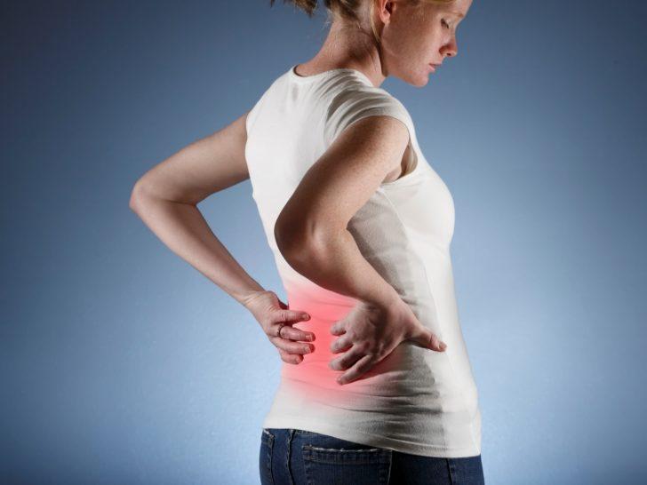 Как лежать чтобы не болела спина