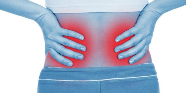 Болит под ребрами спереди посередине и