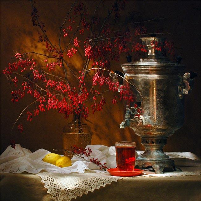 Самовар, барбарис и чай с барбарисом — картина