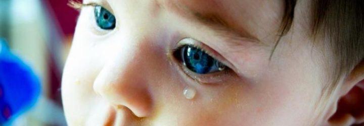 Слезотечение у ребёнка