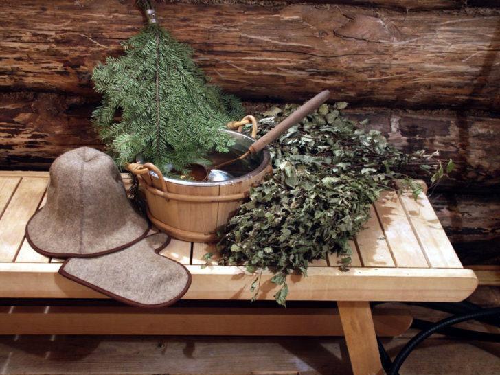 Банные принадлежности: шапочка, варежка, веники, тазик