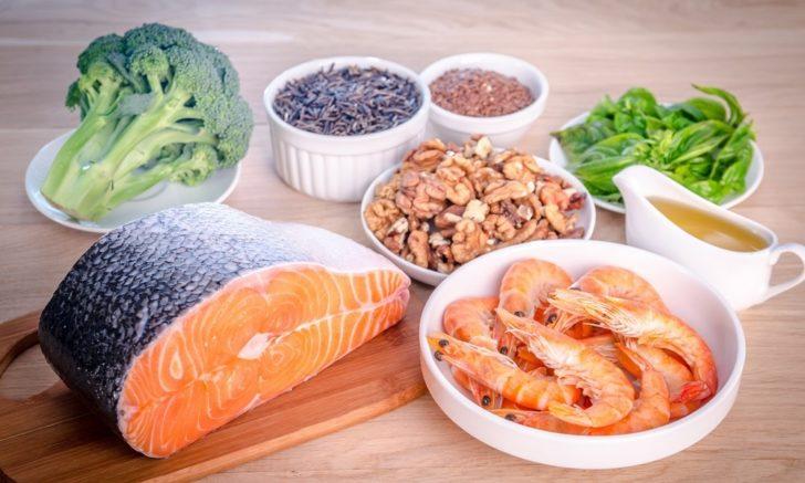 Продукты, богатые омега-3: морепродукты, орехи, овощи
