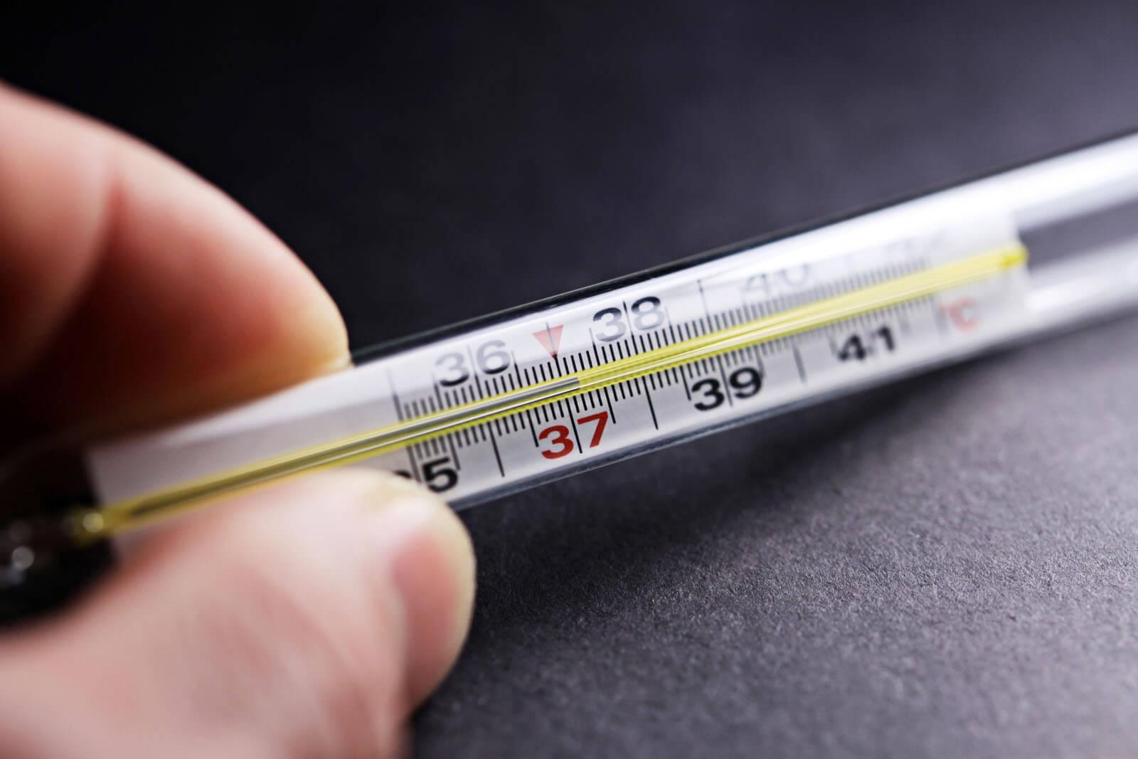 Пиелонефрит и высокая температура тела: причины и методы решения проблемы