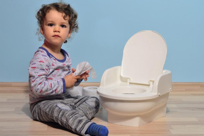 Как помочь ребёнку с недержанием мочи