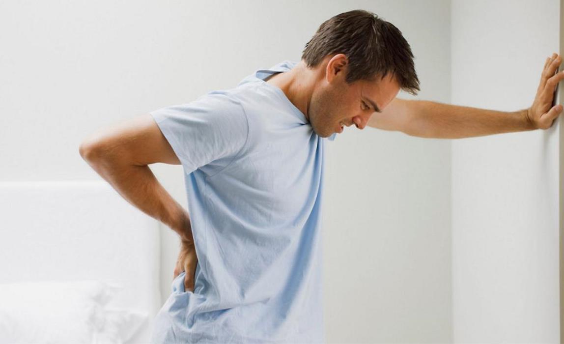 Почечная колика: как помочь при сильной боли