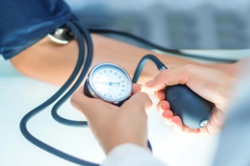 Гипотензия: почему упало давление?