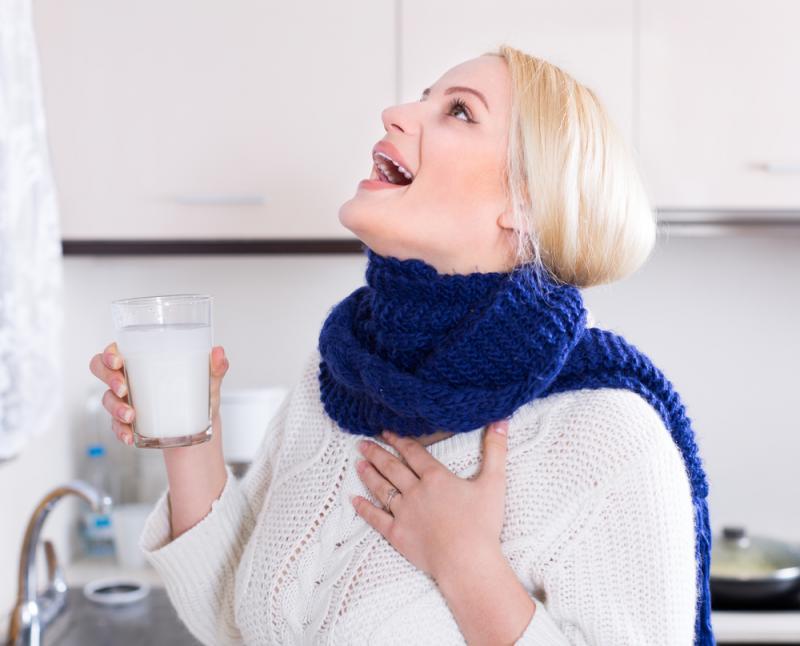 Полоскания горла при ангине: зачем нужны, как и чем полоскать