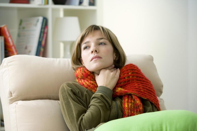 Катаральная ангина: особенности заболевания и его терапии