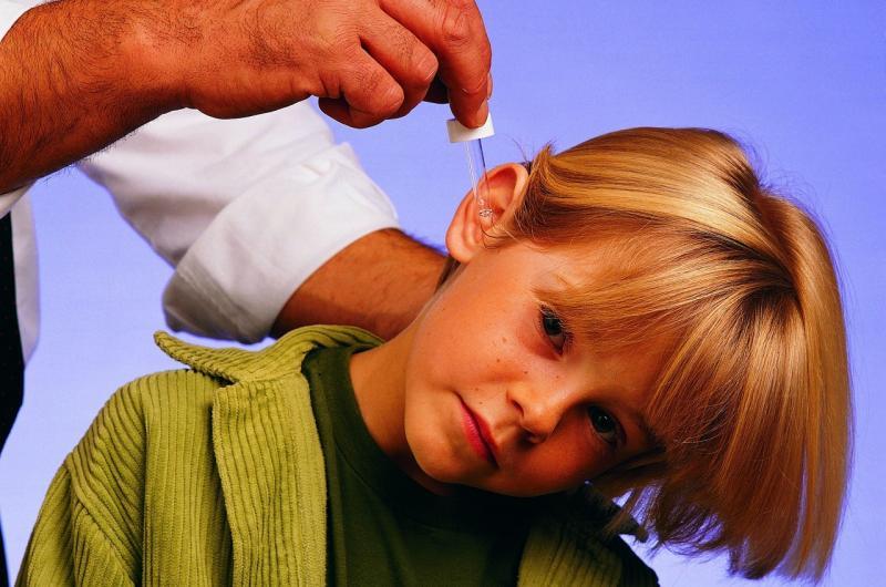 Воспаление уха: эффективное лечение отита каплями