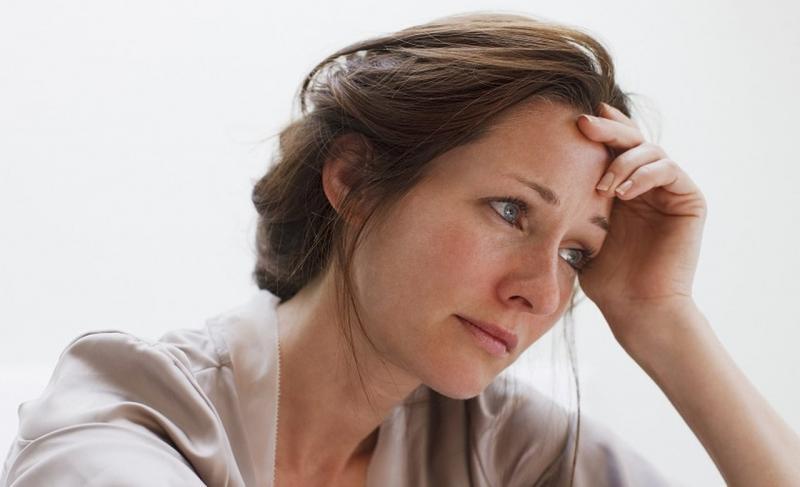 Розовые выделения у женщин: почему появляются и как с ними бороться